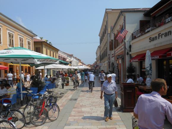 http://albanie2013.cowblog.fr/images/DSCN1978.jpg